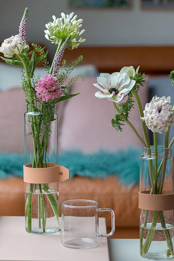 Dekoideen für Beistelltische mit Vasen