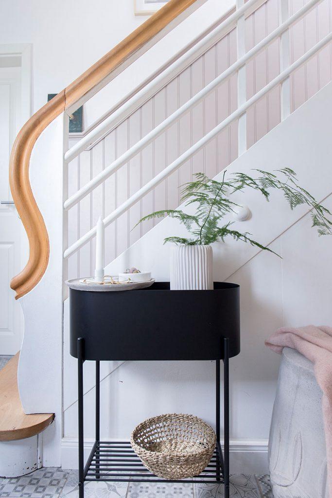 plantbox-als-sideboard-im-flur