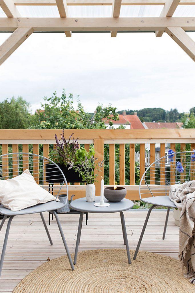 sommer-sounge-auf-der-eigenen-terrasse