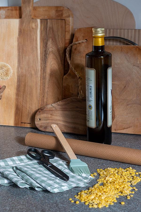 Zubehör DIY Wachstücher Baumwollstoff, Schere, Bienenwachs Pastillen, Backpapier, Backpinsel, Olivenöl